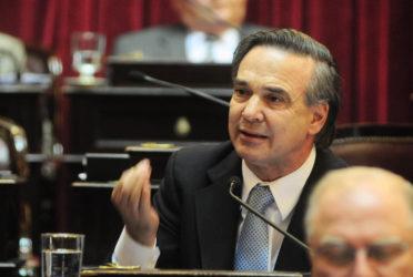 """Pichetto: """"el Gobierno se manejó muy mal con Ganancias, no puede ser tan torpe"""" 1"""