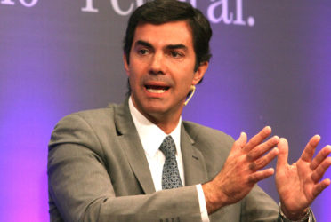 """Urtubey contra proyecto opositor de Ganancias: """"perjudica a las provincias"""""""