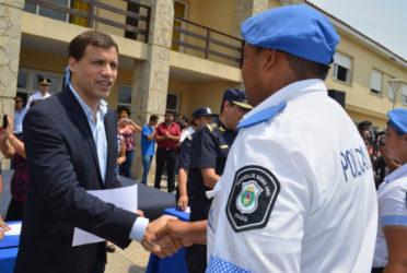 De Jesús presentó el operativo policial del verano 1