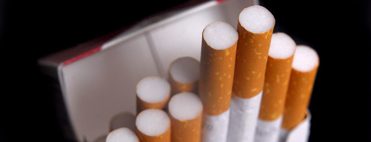 El Gobierno prorrogó los beneficios impositivos para los cigarrillos 3