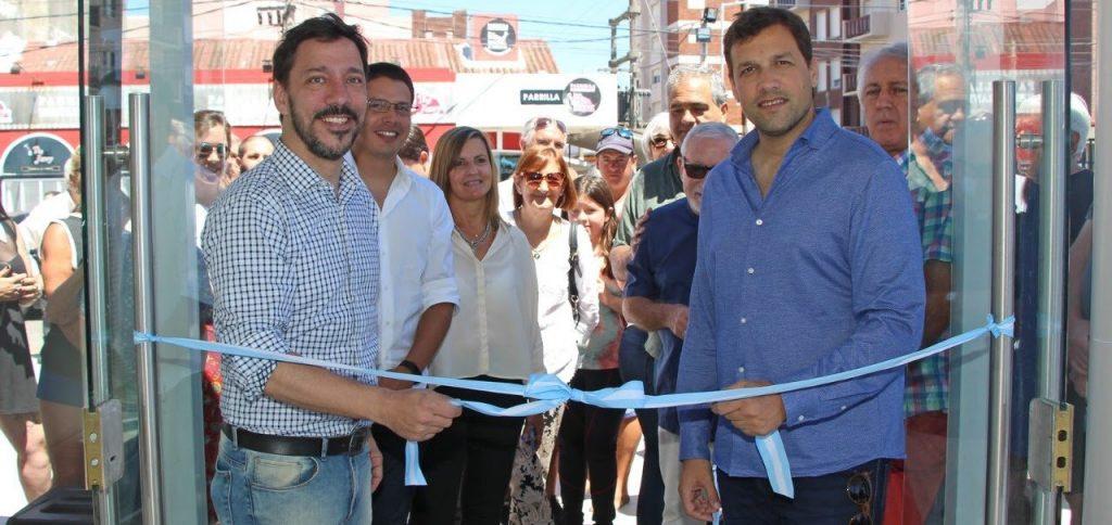 Inauguraron la oficina de turismo en la costanera de mar for Oficina de turismo de zamora