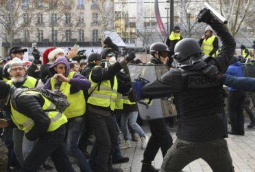 Protesta de chelecos amarillos en Paris