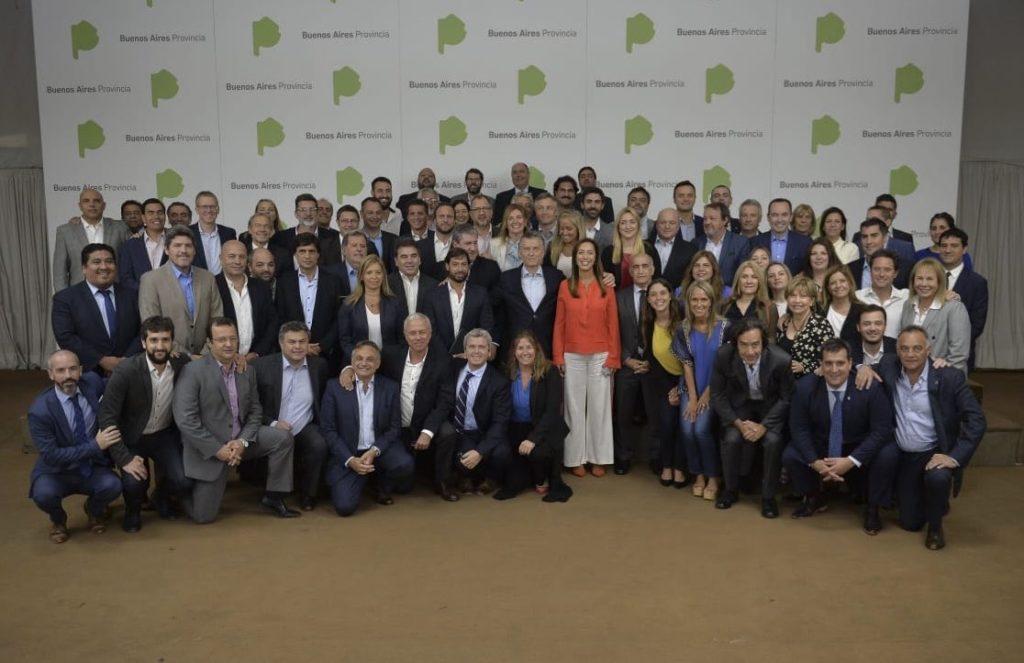 Mauricio Macri junto a Vidal y a gabinete bonaerense